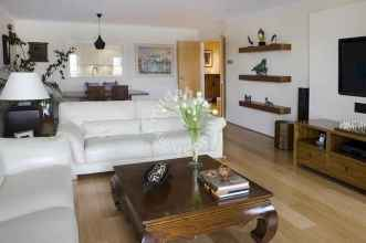 35 Asian Living Room Decor Ideas (6)
