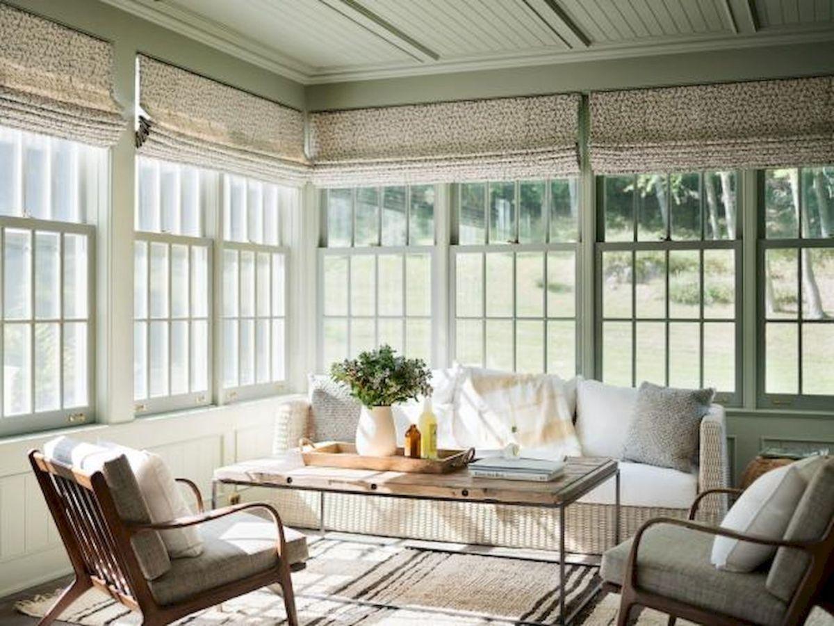 35 Best Farmhouse Sunroom Decor Ideas and Remodel (1)