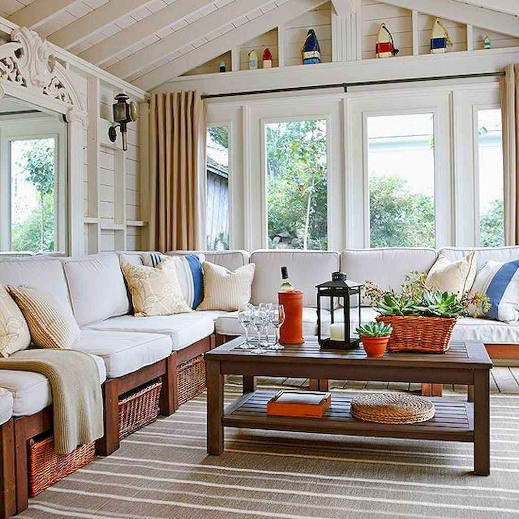 35 Best Farmhouse Sunroom Decor Ideas and Remodel (19)