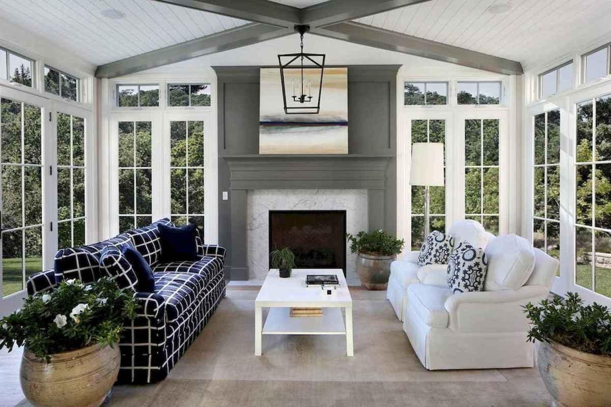 35 Best Farmhouse Sunroom Decor Ideas and Remodel (26)