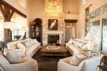 40 Awesome Farmhouse Fireplace Decor Ideas and Remodel (24)