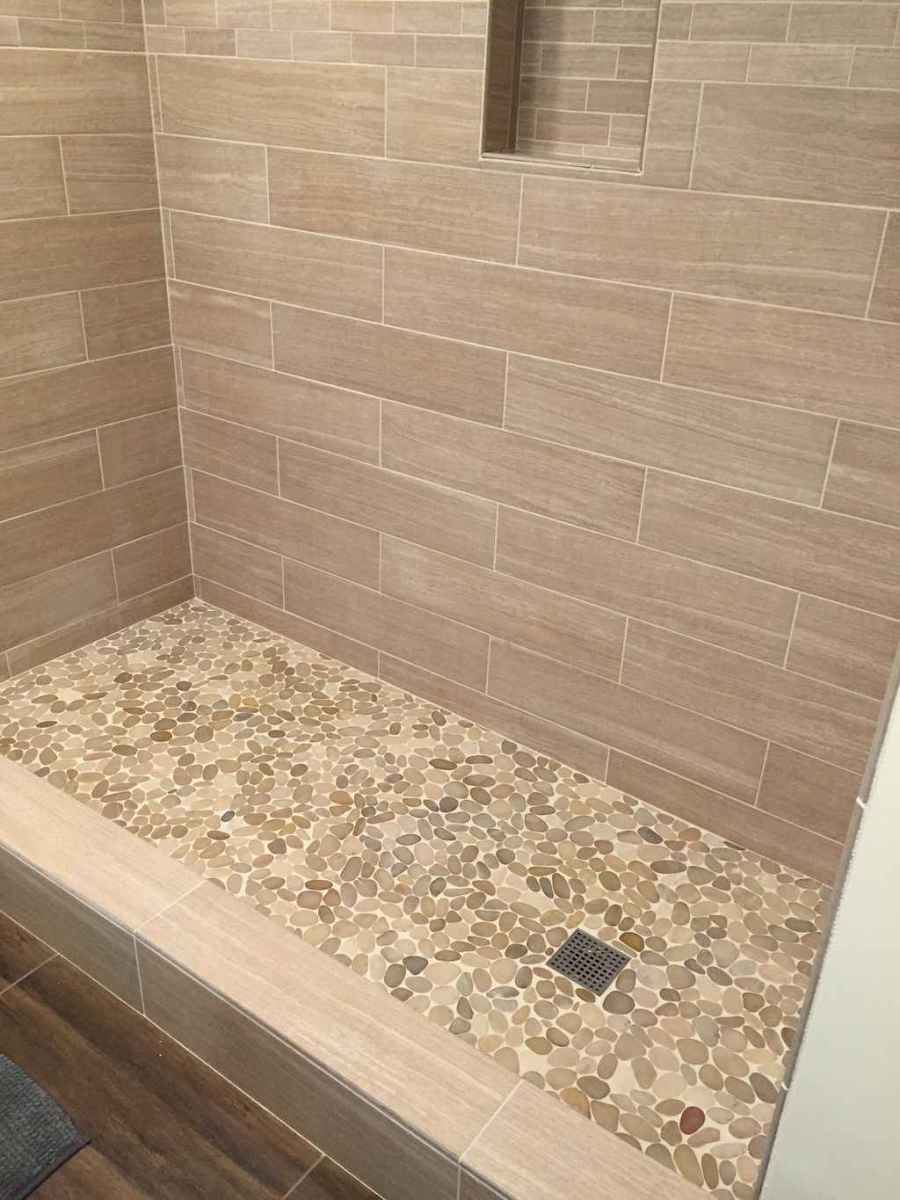 40 Beautiful Bathroom Shower Tile Design Ideas and Makeover (36)