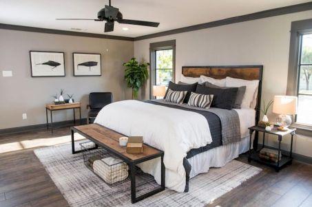 40 Modern Farmhouse Bedroom Decor Ideas and Makeover (1)