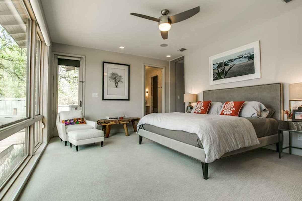 40 Modern Farmhouse Bedroom Decor Ideas and Makeover (18)