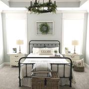 40 Modern Farmhouse Bedroom Decor Ideas and Makeover (2)