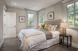 40 Modern Farmhouse Bedroom Decor Ideas and Makeover (34)