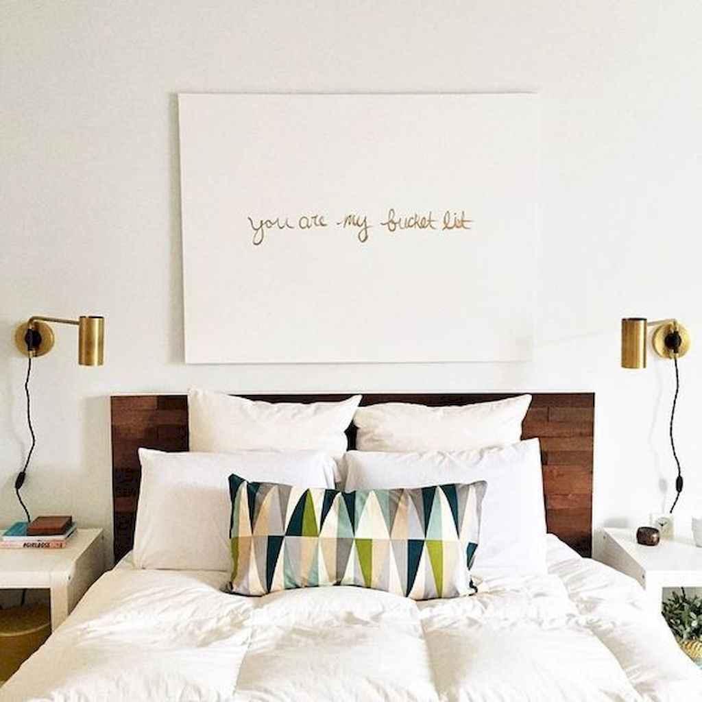 40 Modern Farmhouse Bedroom Decor Ideas and Makeover (7)
