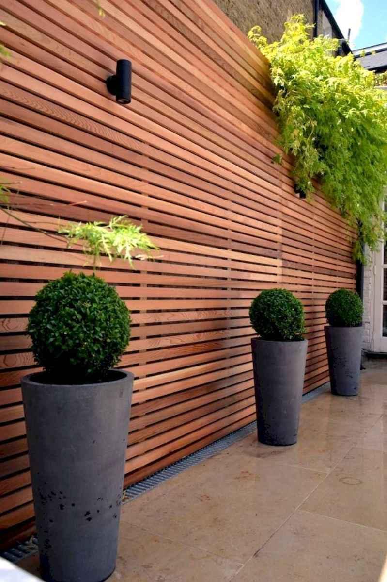 70 Gorgeous Backyard Privacy Fence Decor Ideas on A Budget (14)