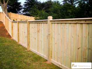 70 Gorgeous Backyard Privacy Fence Decor Ideas on A Budget (26)