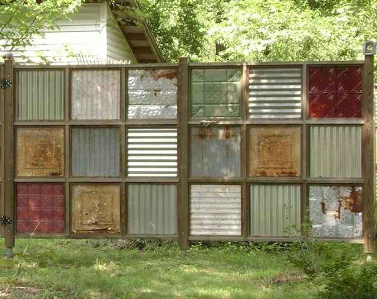 70 Gorgeous Backyard Privacy Fence Decor Ideas on A Budget (28)
