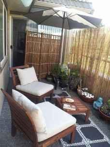 70 Gorgeous Backyard Privacy Fence Decor Ideas on A Budget (37)