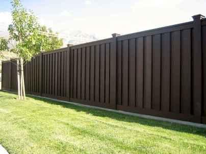 70 Gorgeous Backyard Privacy Fence Decor Ideas on A Budget (4)
