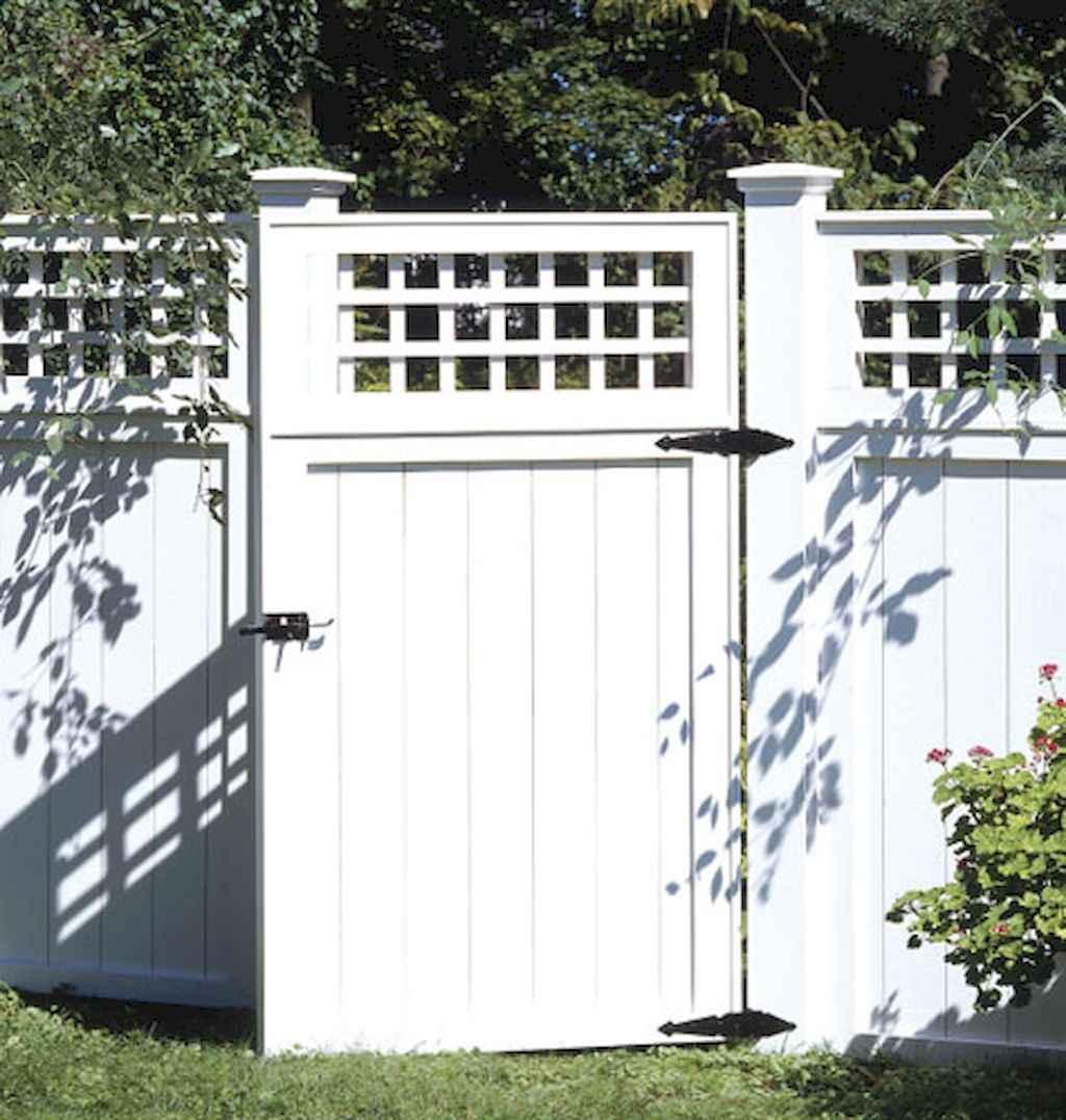 70 Gorgeous Backyard Privacy Fence Decor Ideas on A Budget (54)