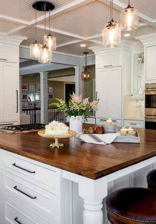 80 Modern Farmhouse Kitchen Lighting Decor Ideas and Remodel (18)