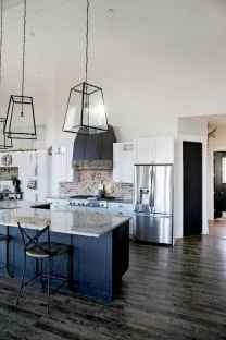 80 Modern Farmhouse Kitchen Lighting Decor Ideas and Remodel (28)