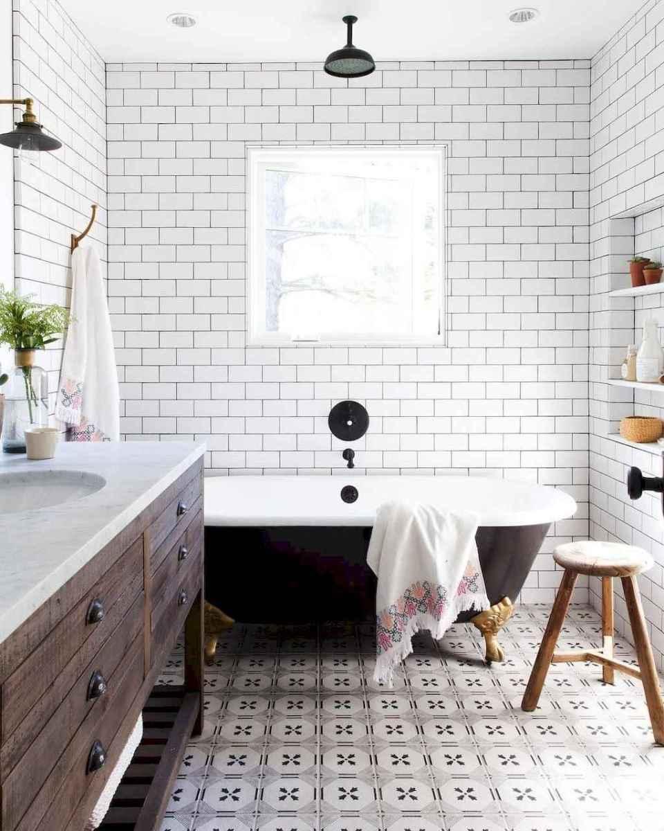 100 Farmhouse Bathroom Tile Shower Decor Ideas And Remodel To Inspiring Your Bathroom (4)