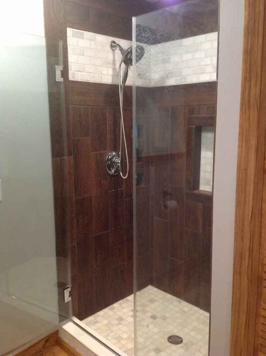 100 Farmhouse Bathroom Tile Shower Decor Ideas And Remodel To Inspiring Your Bathroom (70)