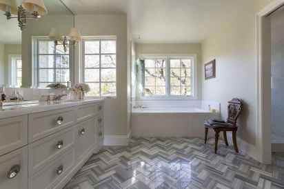 150 Awesome Farmhouse Bathroom Tile Floor Decor Ideas And Remodel To Inspire Your Bathroom (103)
