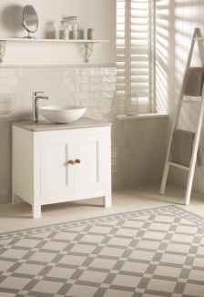 150 Awesome Farmhouse Bathroom Tile Floor Decor Ideas And Remodel To Inspire Your Bathroom (30)