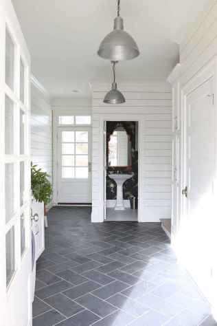 150 Awesome Farmhouse Bathroom Tile Floor Decor Ideas And Remodel To Inspire Your Bathroom (43)