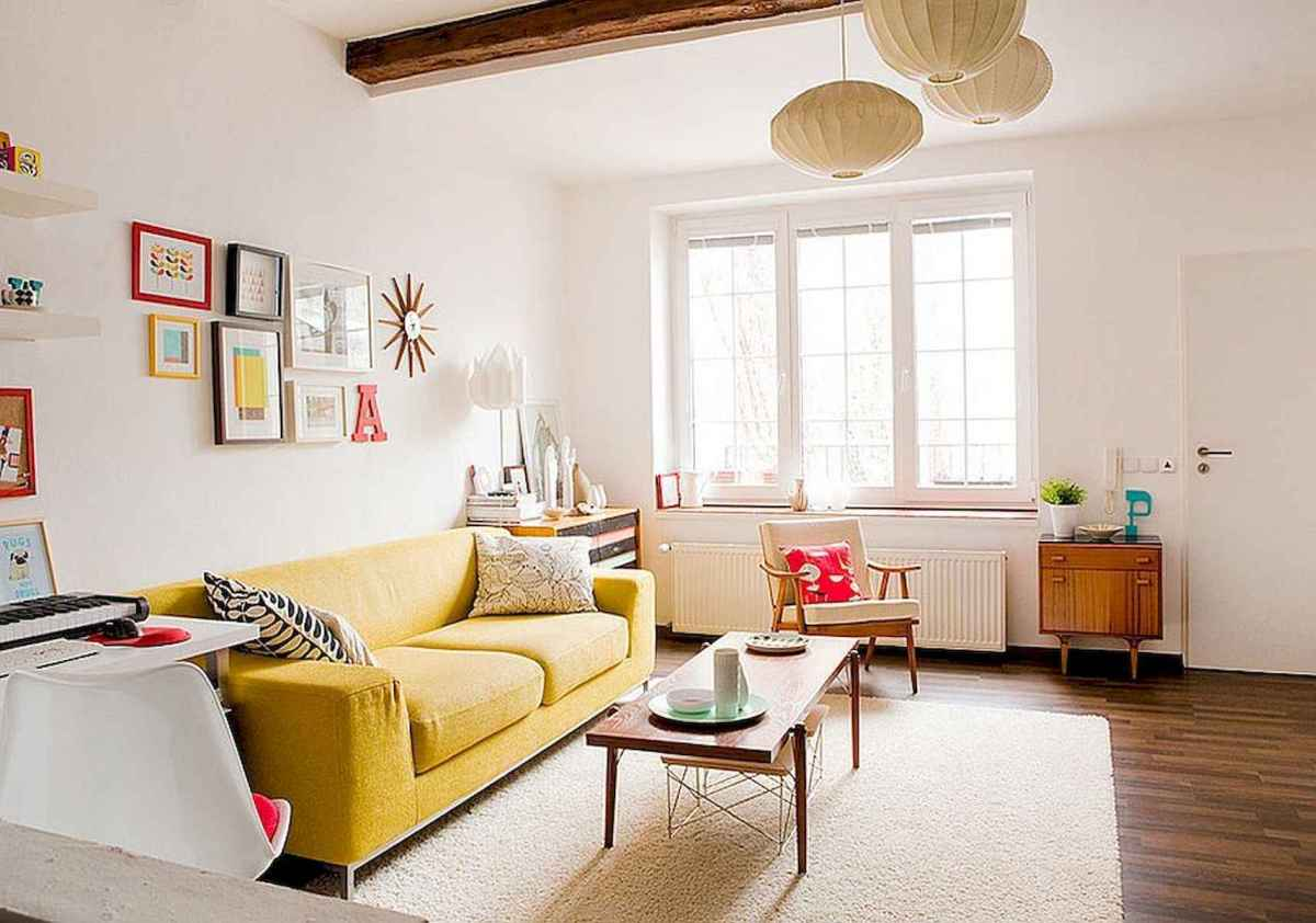 50 Beautiful Summer Apartment Decor Ideas And Makeover (31)