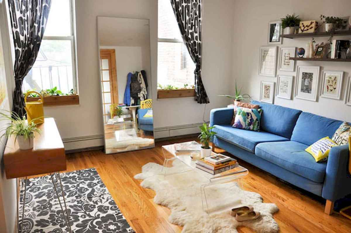 50 Beautiful Summer Apartment Decor Ideas And Makeover (43)