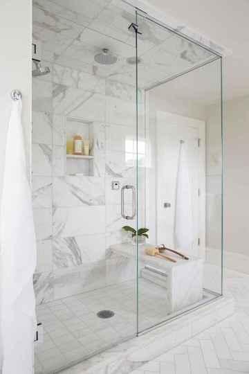 70 Inspiring Farmhouse Bathroom Shower Decor Ideas And Remodel (45)