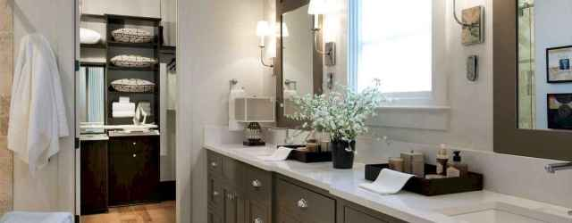 80 Awesome Farmhouse Master Bathroom Decor Ideas And Remodel (50)