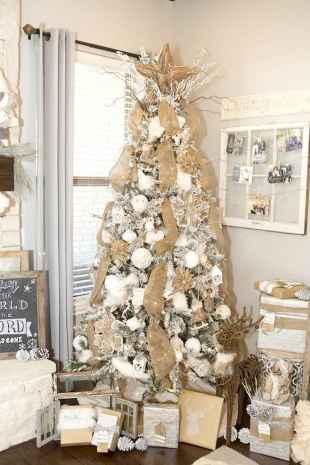 30 Rustic And Vintage Christmas Tree Decor Ideas (12)