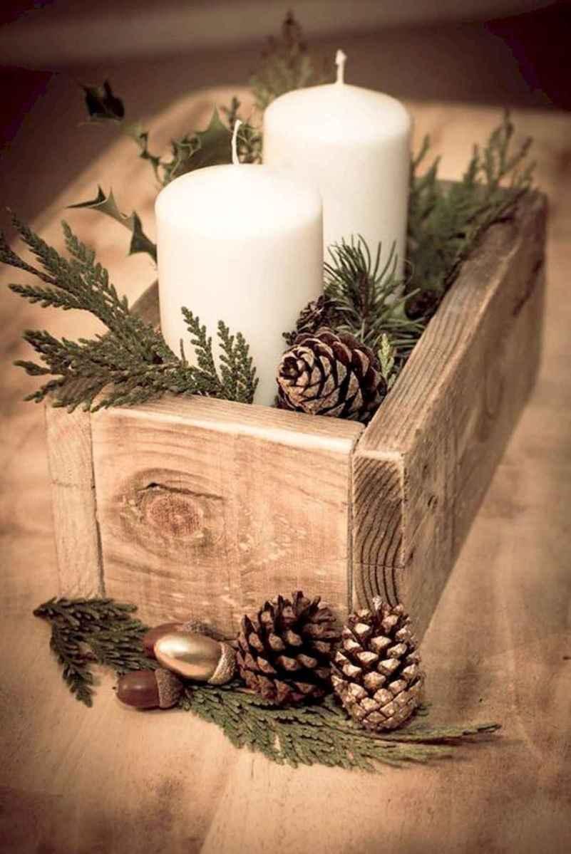 35 Beautiful Christmas Decor Ideas Table Centerpiece (30)