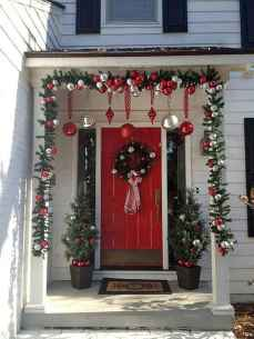 40 Amazing Outdoor Christmas Decor Ideas (16)