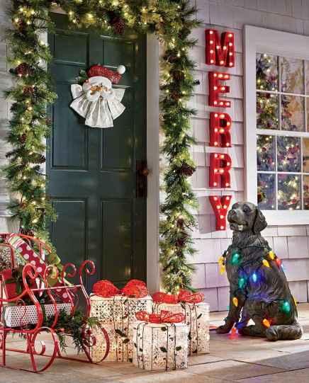 40 Amazing Outdoor Christmas Decor Ideas (23)
