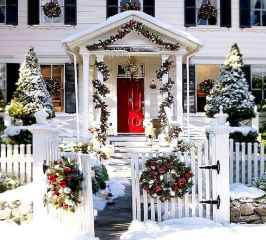40 Amazing Outdoor Christmas Decor Ideas (41)