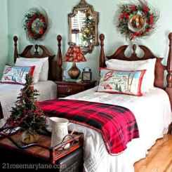 40 Awesome Bedroom Christmas Decor Ideas (18)