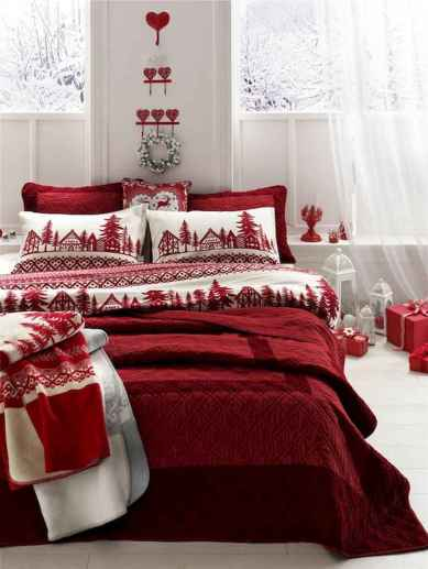 40 Awesome Bedroom Christmas Decor Ideas (35)
