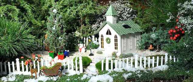 45 Beautiful Christmas Fairy Garden Decor Ideas (38)