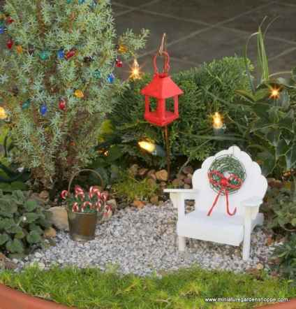 45 Beautiful Christmas Fairy Garden Decor Ideas (4)