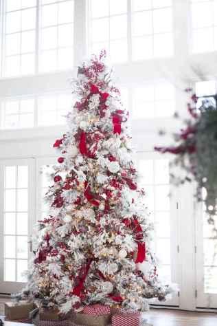 60 Awesome Christmas Tree Decor Ideas (13)