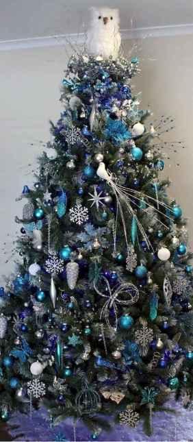 60 Awesome Christmas Tree Decor Ideas (26)
