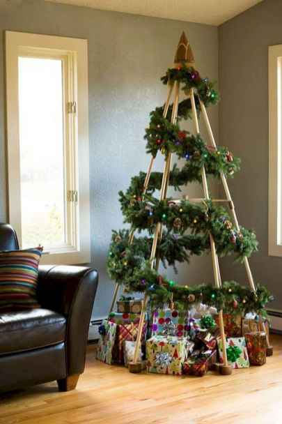 60 Awesome Christmas Tree Decor Ideas (51)