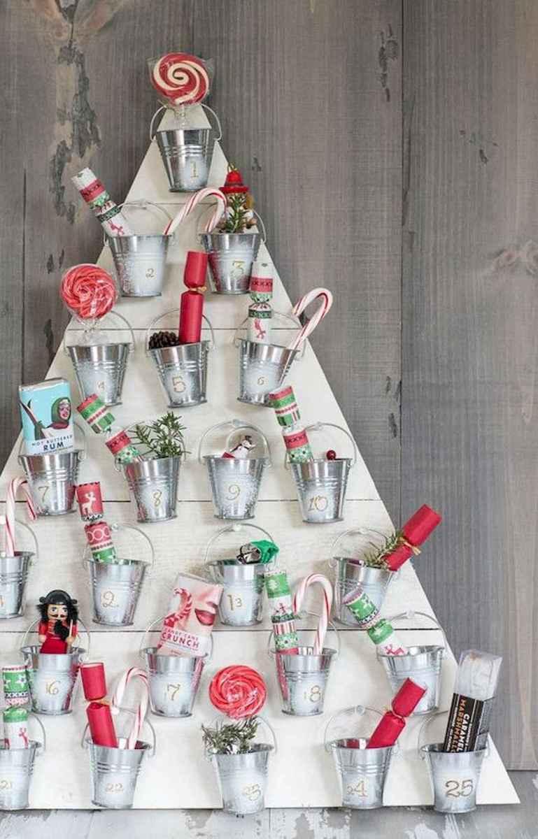 60 Awesome Wall Art Christmas Decor Ideas (10)
