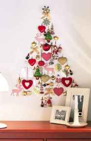 60 Awesome Wall Art Christmas Decor Ideas (6)