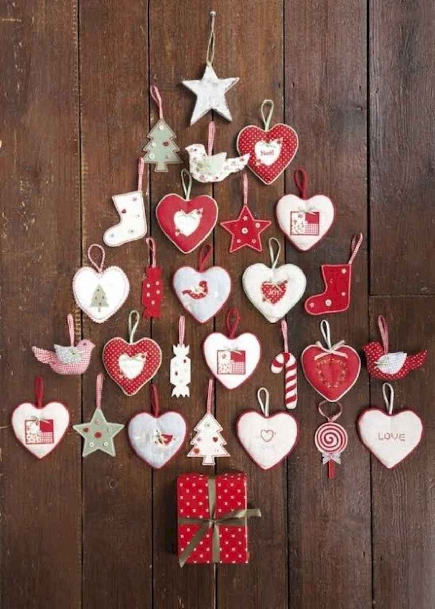 60 Awesome Wall Art Christmas Decor Ideas (7)