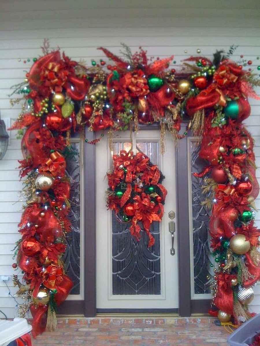 60 Elegant Christmas Decor Ideas (45)