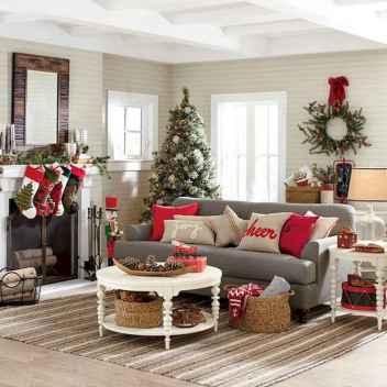 60 Simple Living Room Christmas Decor Ideas (13)