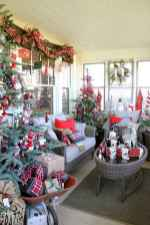 60 Simple Living Room Christmas Decor Ideas (48)