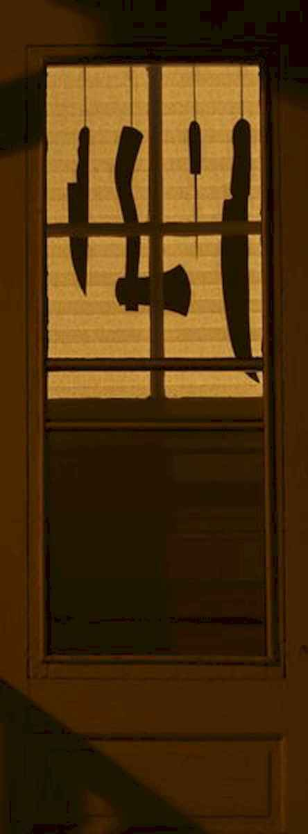 15 Creative Halloween Window Decoration Ideas (3)