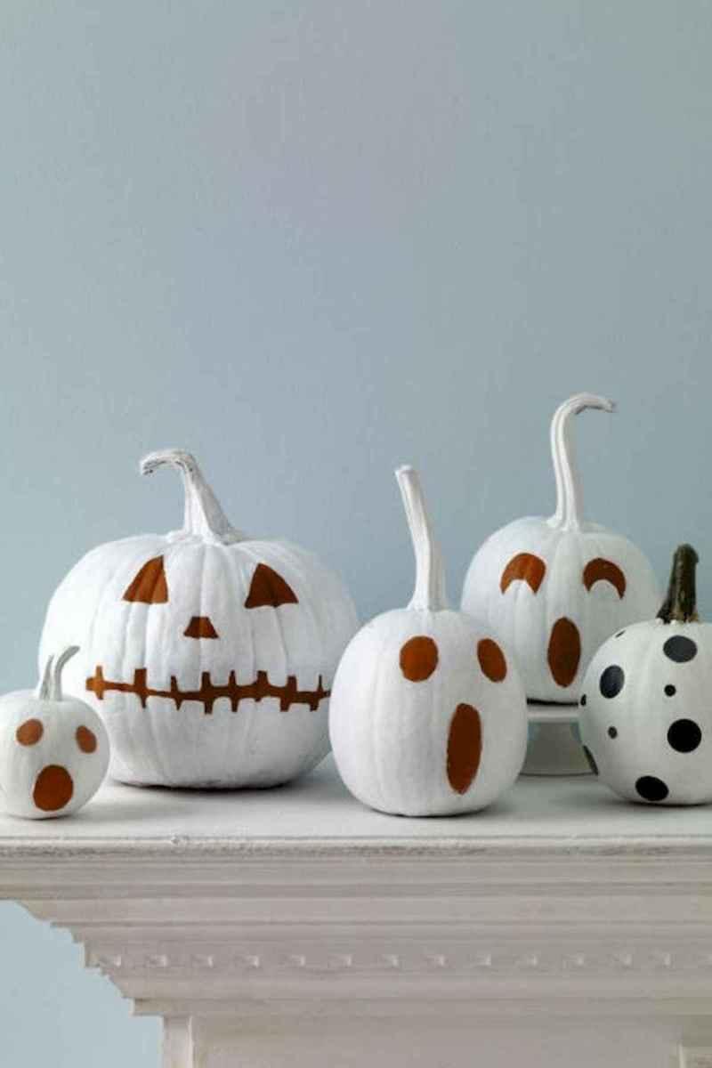 25 Creative Indoor Halloween Decorations Ideas (18)