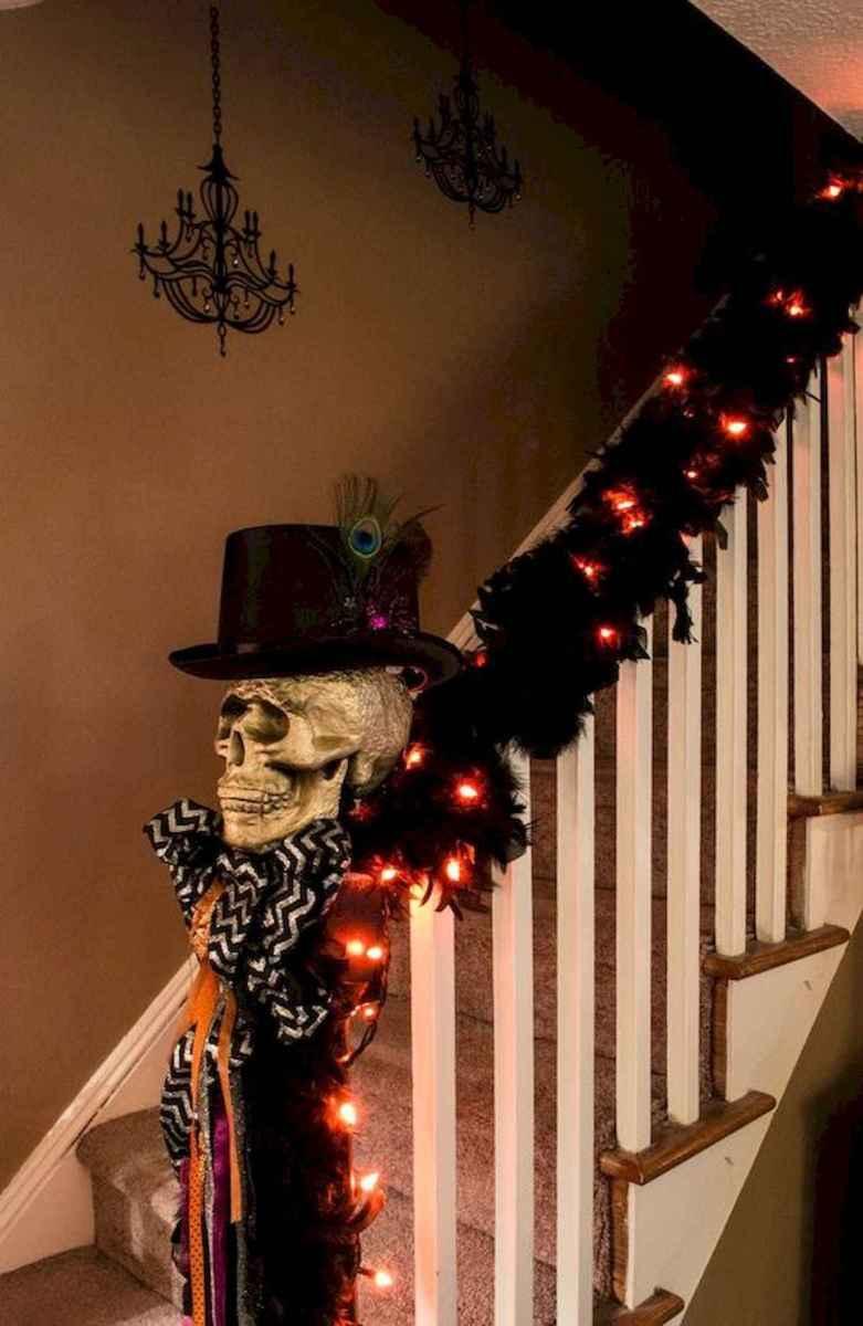 25 Creative Indoor Halloween Decorations Ideas (21)