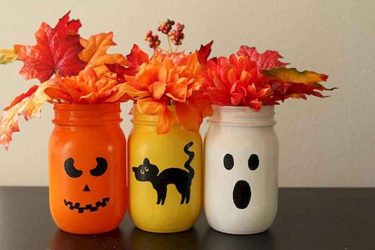30 Best Creative DIY Mason Jar Halloween Crafts to Spice Up Your Fall Decor (25)